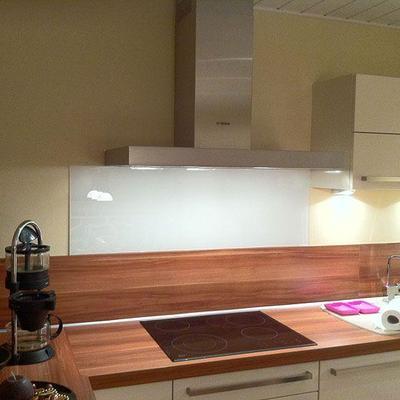 Küchen Spiegel in Glas Köln und Frechen Möbelbau nach Maß