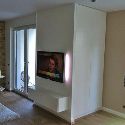 Integrierter in Weiss Lackiert Möbelbau nach Maß