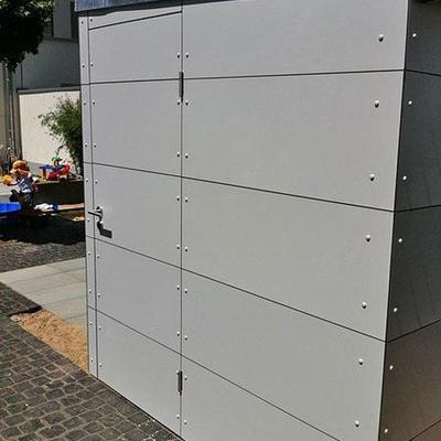 Gartenhaus mit Wetterfesten Platten Köln. Möbelbau nach Maß