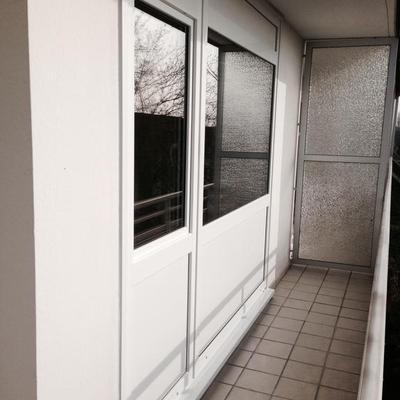 Fensterfront in Hochhaus Saniert ink Köln-Mettmann.