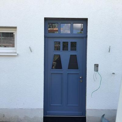 Haustüre gefertigt nach Kundenwusch von der Firma Evers-Bauelemente in Köln.