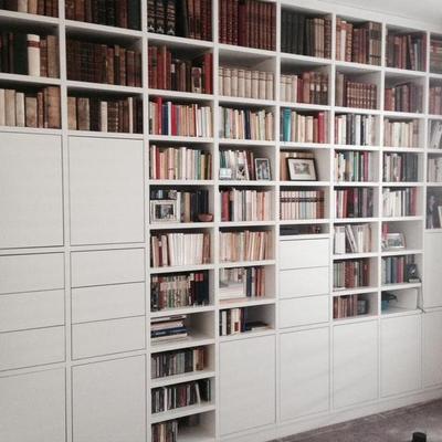 Bücherregal nach Maß - Möbelbau nach Maß