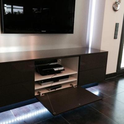 Tv Wand mit Sideboard Köln. Möbelbau nach Maß